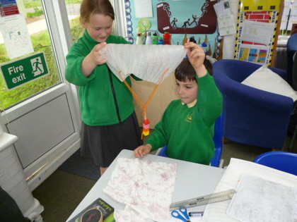 Year 5 T4 Austen - Science - Air Resistance