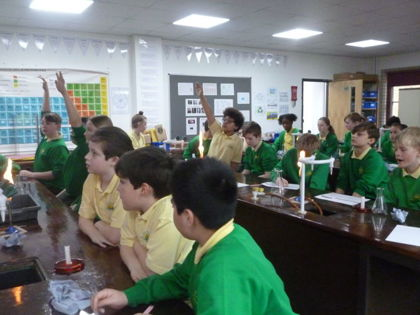 Year 6 T4 Fleming - Science Experiments at Invicta